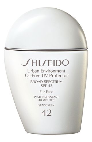 Urban Environment Oil-Free UV Protector Broad Spectrum Sunscreen SPF 42
