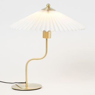 Pleated-shade table lamp