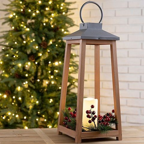 12 Christmas Lantern Ideas How To Decorate With Holiday Lanterns