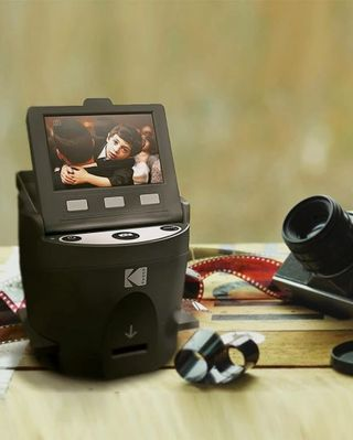Scanza digital film scanner