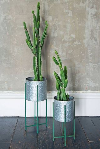 Set of Two Round Zinc Plant Stands