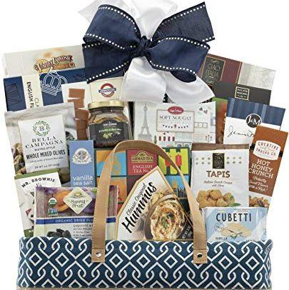 15 Best Gift Baskets For Men Men S Holiday Gift Basket Ideas