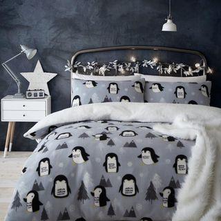 Cosy Penguin Fleece Christmas Duvet Cover Set