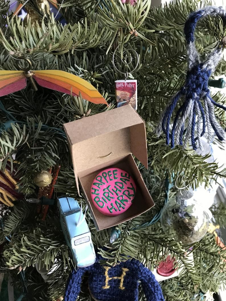 32 Best Harry Potter Ornaments Harry Potter Christmas Tree Ideas