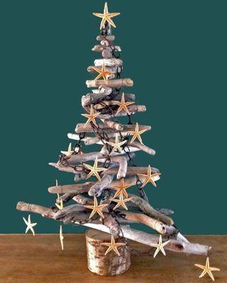 Arbres de Noël en bois flotté