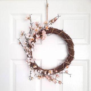 Couronne de fleurs de cerisier