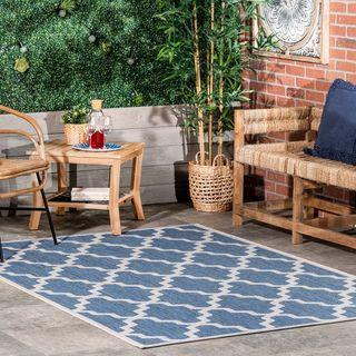 Blue Indoor/Outdoor Moroccan Trellis Area Rug