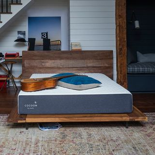Cocoon Hybrid Mattress by Sealy Chill (Queen)