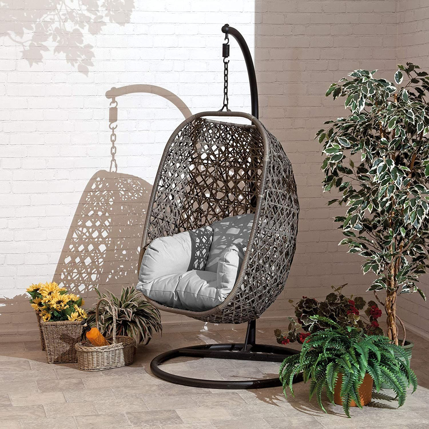 21 Hanging Egg Chairs To Garden, Hanging Egg Chair Outdoor Uk