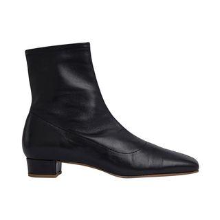 Este Square Toe Ankle Boots