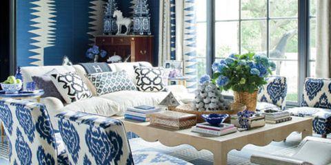 Interior design, Room, Furniture, Table, Ceiling, Interior design, Tablecloth, Linens, Fixture, Light fixture,