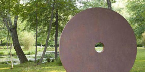 Park, Trunk, Circle, Nonbuilding structure, Shield,