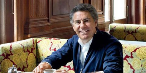<p>Like his luxe, polished interiors Richard Mishaan's Upper East Side neighborhood embodies urban élan. Flagship stores, world-class museums and some of the city's best antiques preserve the area's classic character.</p>