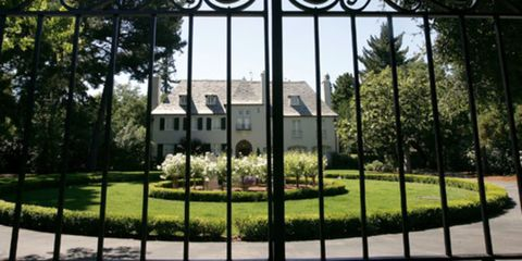 Grass, Plant, Architecture, Property, Landscape, Land lot, Real estate, Landmark, House, Home,