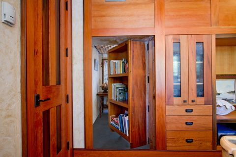 Wood, Room, Hardwood, Wood stain, Pattern, Drawer, Cabinetry, Cupboard, Fixture, Plywood,