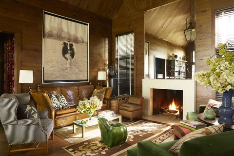 Wood, Room, Interior design, Green, Living room, Home, Wall, Floor, Couch, Furniture,