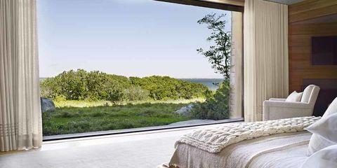 Bed, Interior design, Property, Room, Textile, Wall, Bedroom, Linens, Bedding, Real estate,