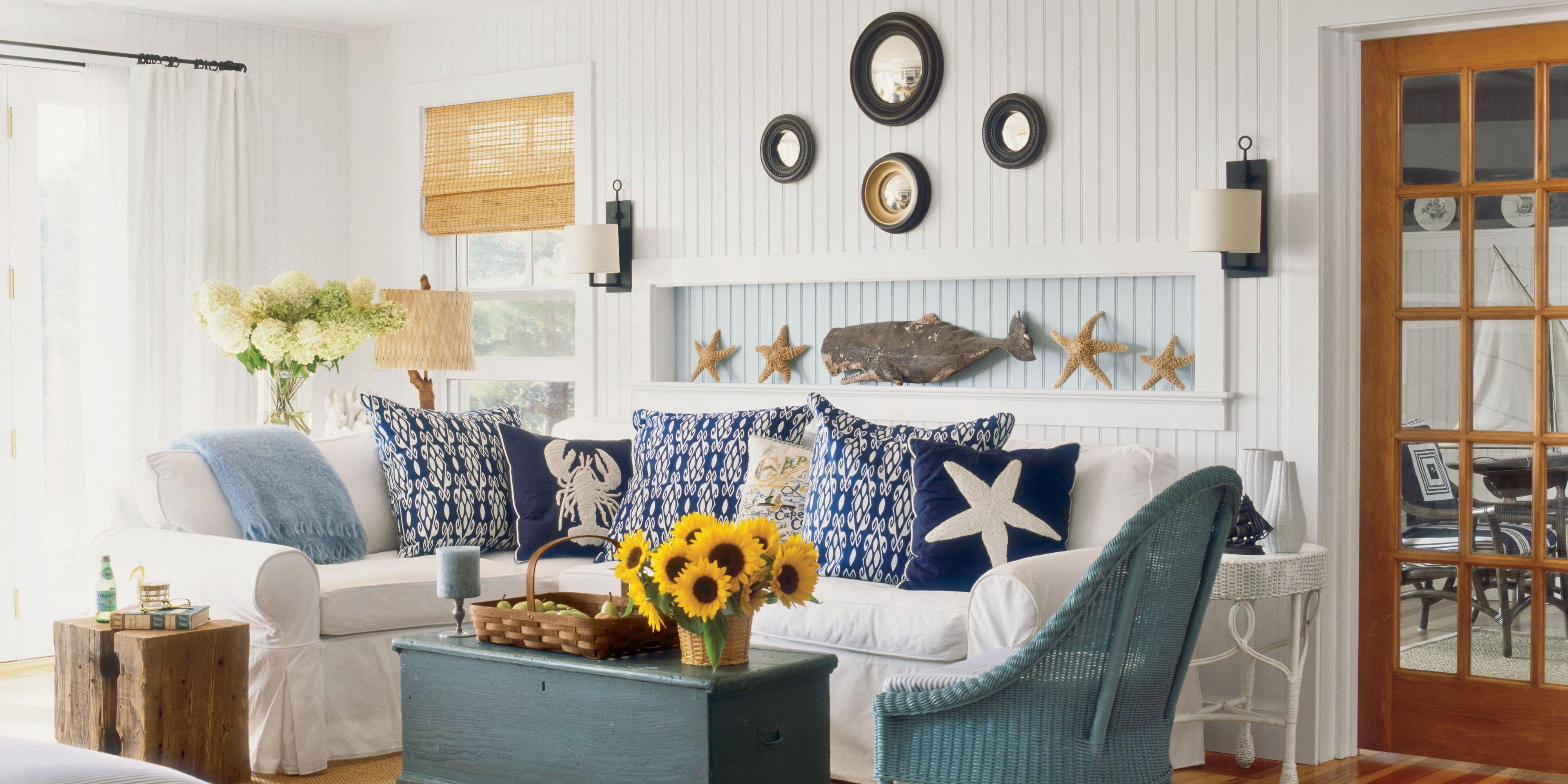 Designer Meredith Hutchison Rebuilds Her Familyu0027s 1950s Cape Cod Cottage.