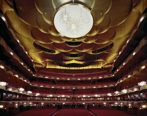 Hall, Interior design, Ceiling, Amber, Interior design, Carpet, Symmetry, Circle, Function hall, Theatre,