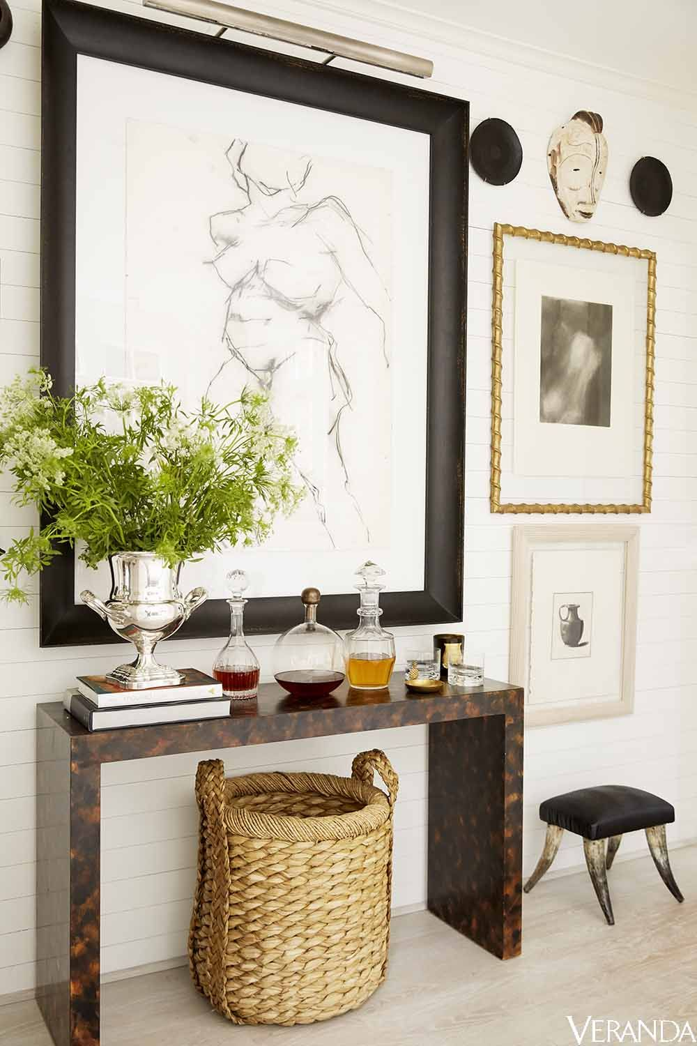 How To Decorate An Entryway - Beautiful Entryway Photos