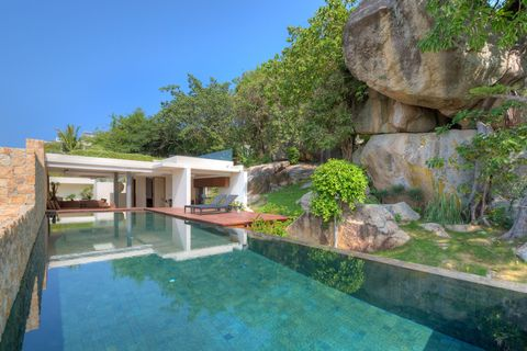 Resort, Villa, Garden, Outcrop, Swimming pool, Reflection, Backyard, Eco hotel, Yard, Landscaping,