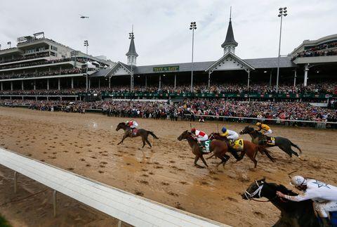 Jockey, Sport venue, Animal sports, Race track, Horse, Horse tack, Flat racing, Horse supplies, Rein, Bridle,