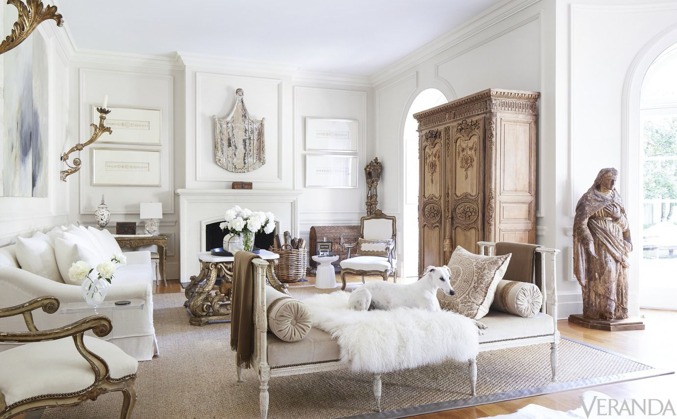 HOUSE TOUR: A Twist Of Fate And An Affinity For Antiques Make For ...