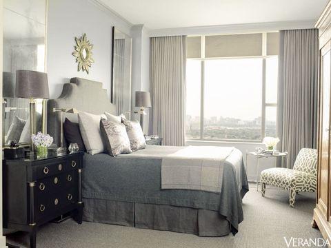 Room, Interior design, Floor, Property, Bed, Home, Bedding, Textile, Furniture, Lamp,
