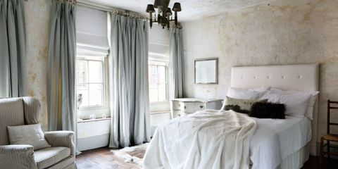 Interior design, Room, Floor, Property, Textile, Wall, Ceiling, Furniture, Linens, Bed,