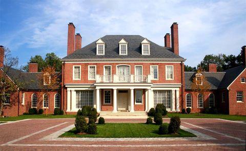 Window, Brick, Property, House, Real estate, Home, Residential area, Brickwork, Building, Door,