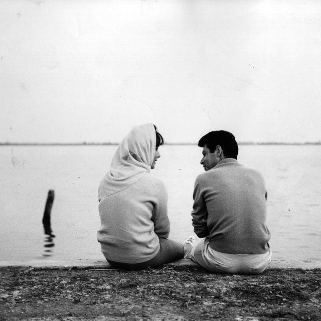 White, Black, Photograph, Water, Black-and-white, People, Monochrome photography, Monochrome, Friendship, Snapshot,
