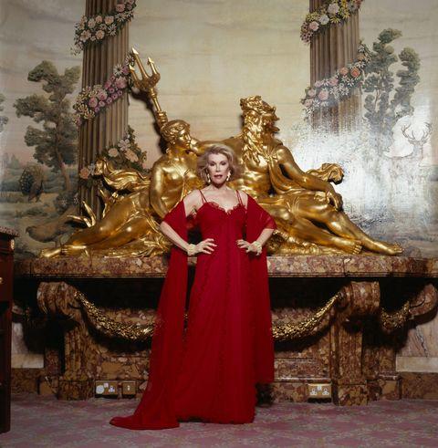 Sculpture, Brass, Metal, Bronze, Throne, Statue, Bronze sculpture, Temple, Tradition, Crown,