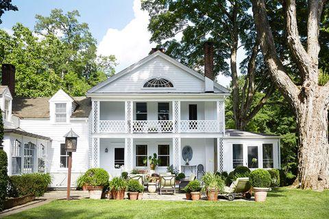Plant, Window, Property, House, Residential area, Home, Real estate, Door, Building, Garden,