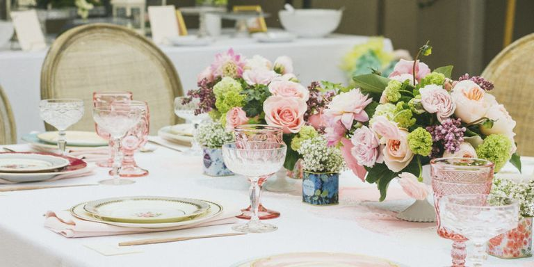 - Tablescapes