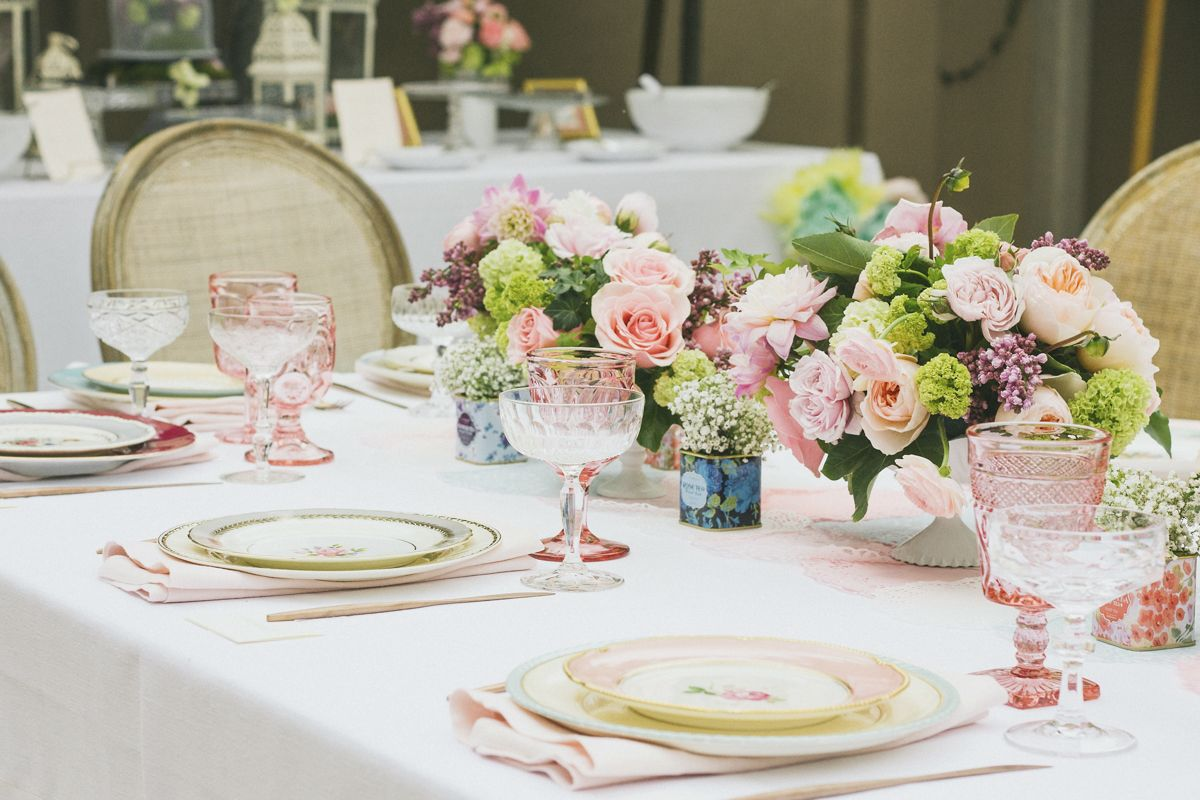 26 Gorgeous Tablescapes for Outdoor Entertaining - Summer Party Ideas