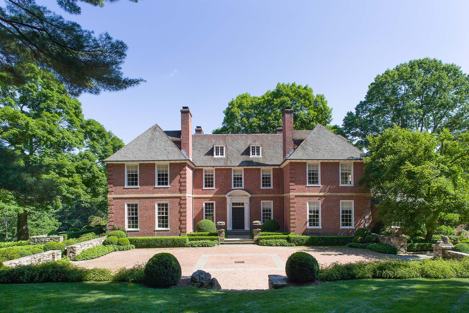 18 Historic Homes For Sale