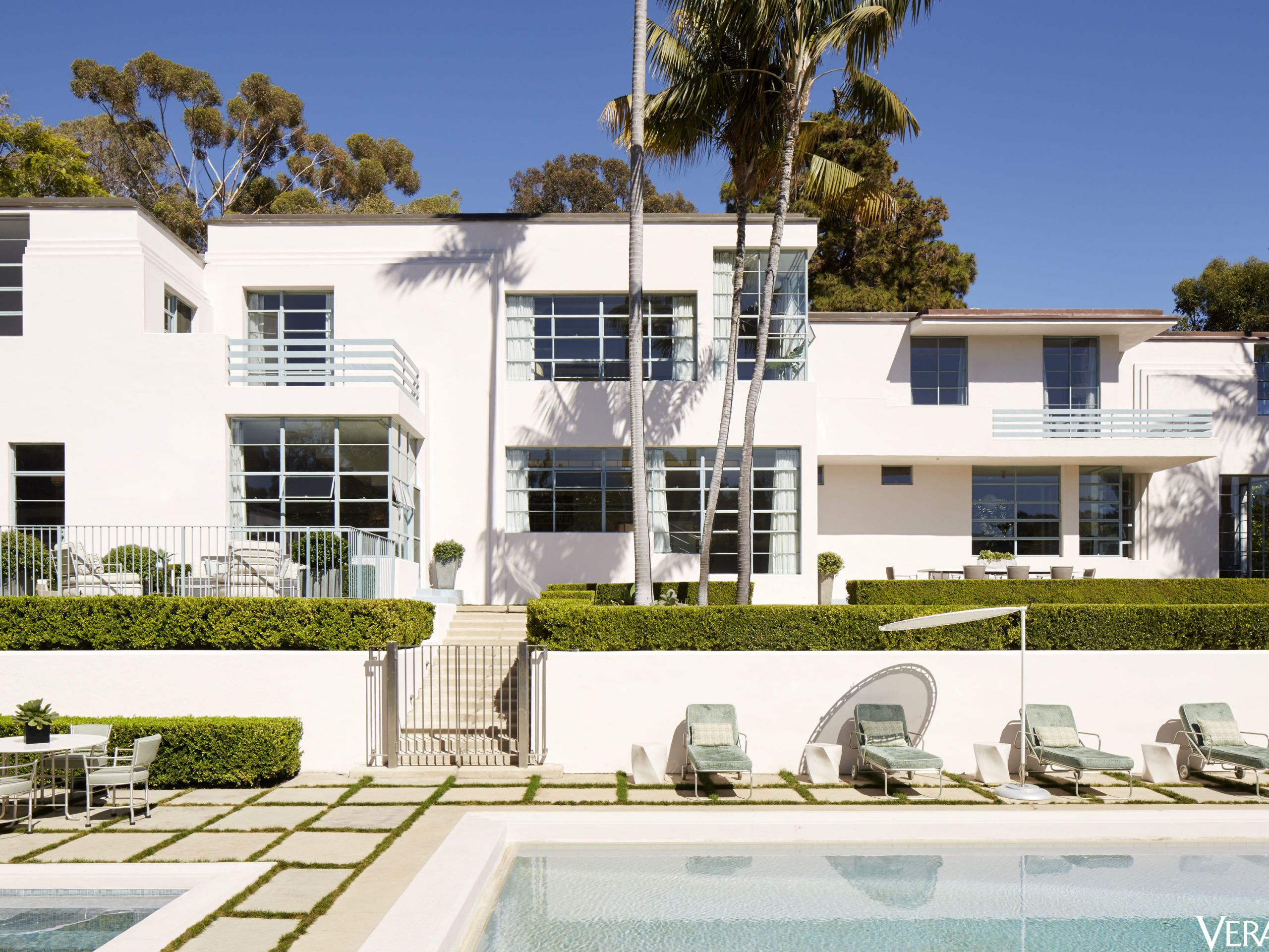 HOUSE TOUR: An Art Deco Home That Honors Its Old Hollywood Legacy & Cedric Gibbons Dolores del Rio House Tour - Hollywood Homes