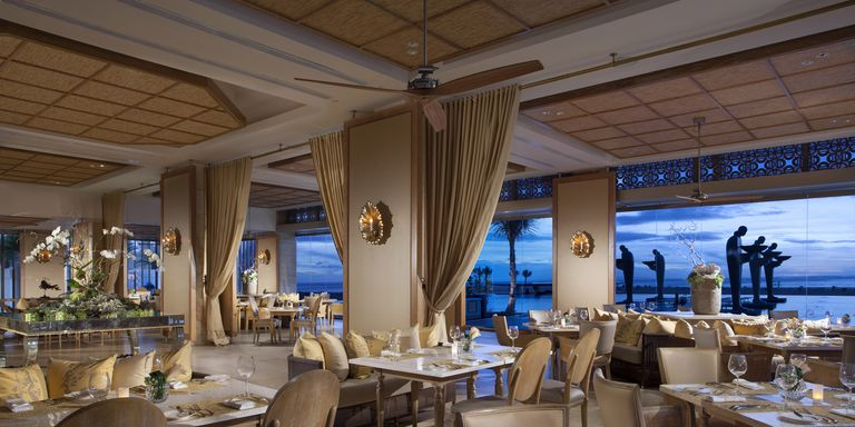 20 best restaurants in the world luxury dining experiences for Restaurant interior design app