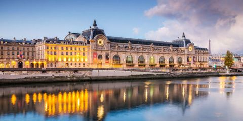 Reflection, Waterway, Landmark, Palace, Watercourse, Reservoir, Classical architecture, Tourist attraction, Calm, Evening,
