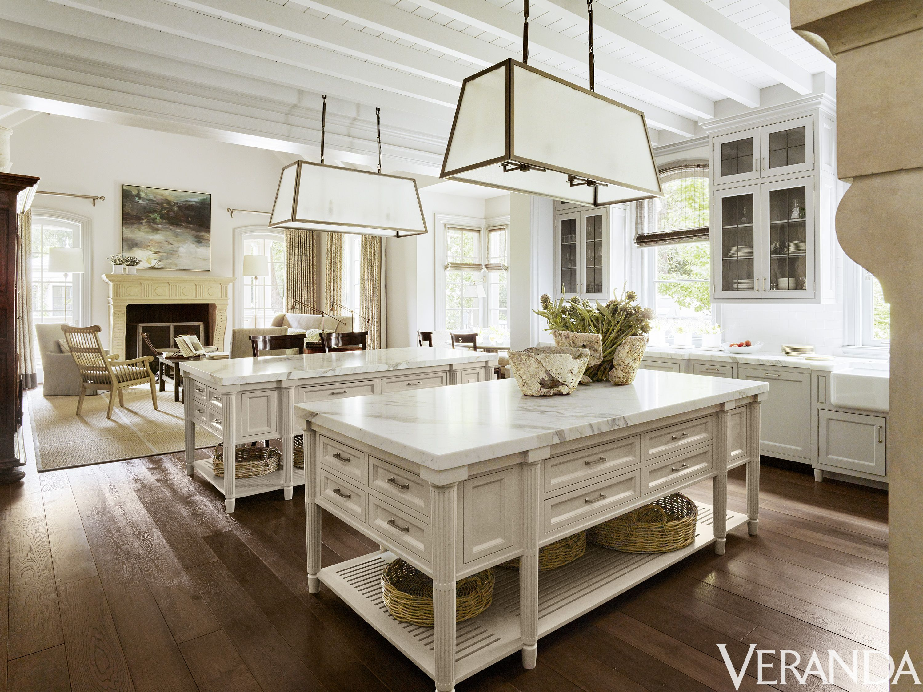 20 Beautiful Kitchen Islands Brimming With Style
