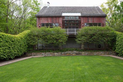 Grass, Plant, Window, Property, House, Garden, Shrub, Land lot, Roof, Building,