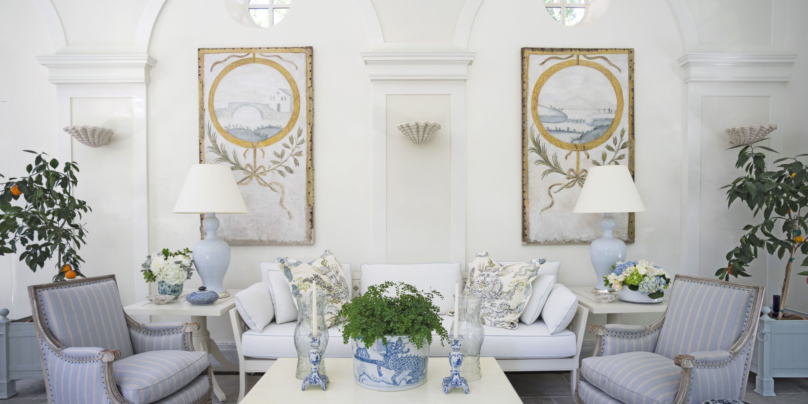 Take Inspiration From Snowy Winter Landscapes By Going For Simply Elegant  All White Decor.