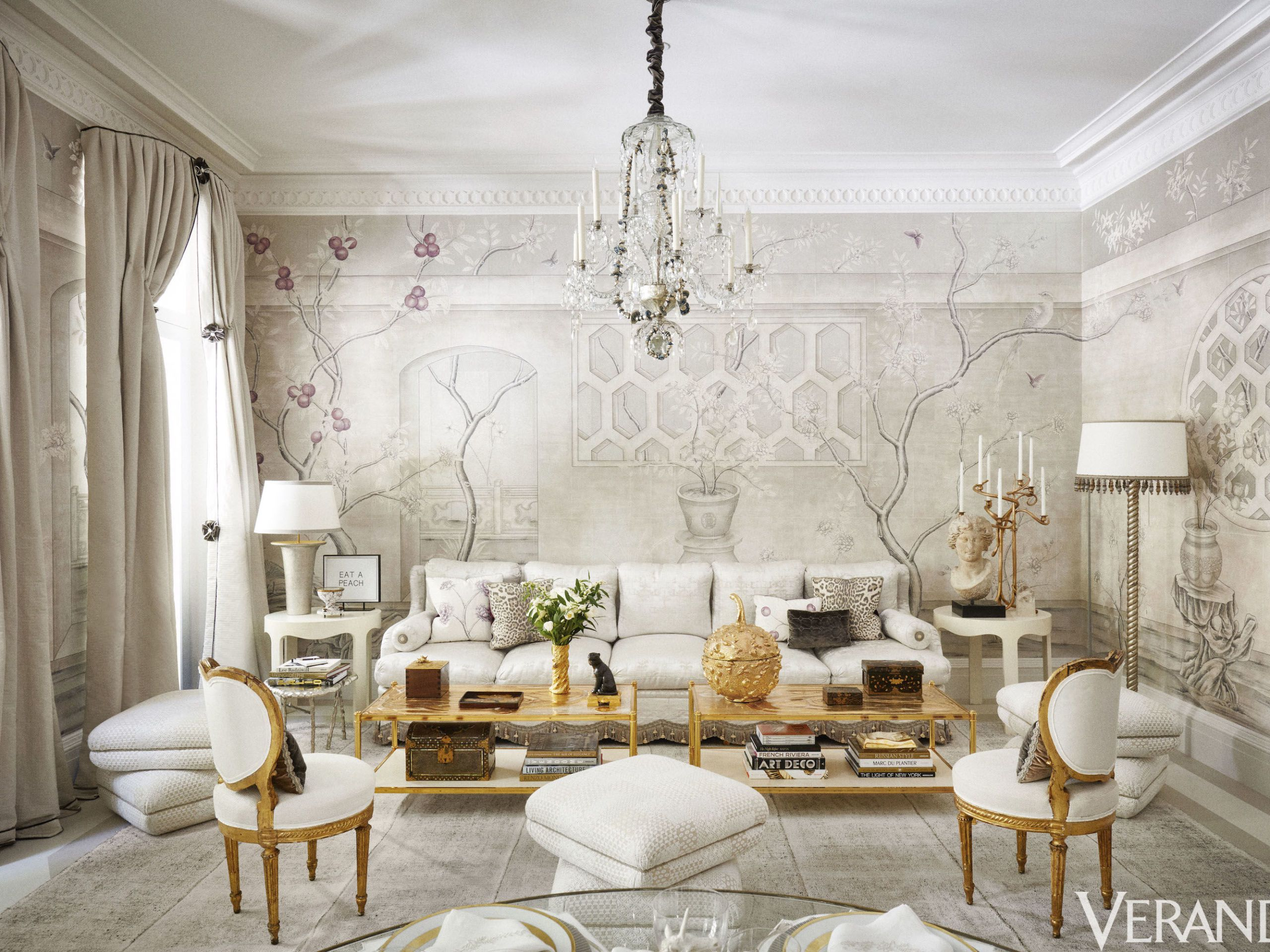 Merveilleux TOUR: A Winter White Dining Room Design That Is A Feast For The Eyes