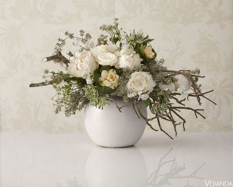 5 Beautiful White Flower Arrangements Centerpiece Ideas