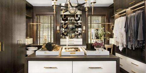Room, Interior design, Drawer, White, Furniture, Light fixture, Ceiling, Interior design, Cabinetry, Ceiling fixture,