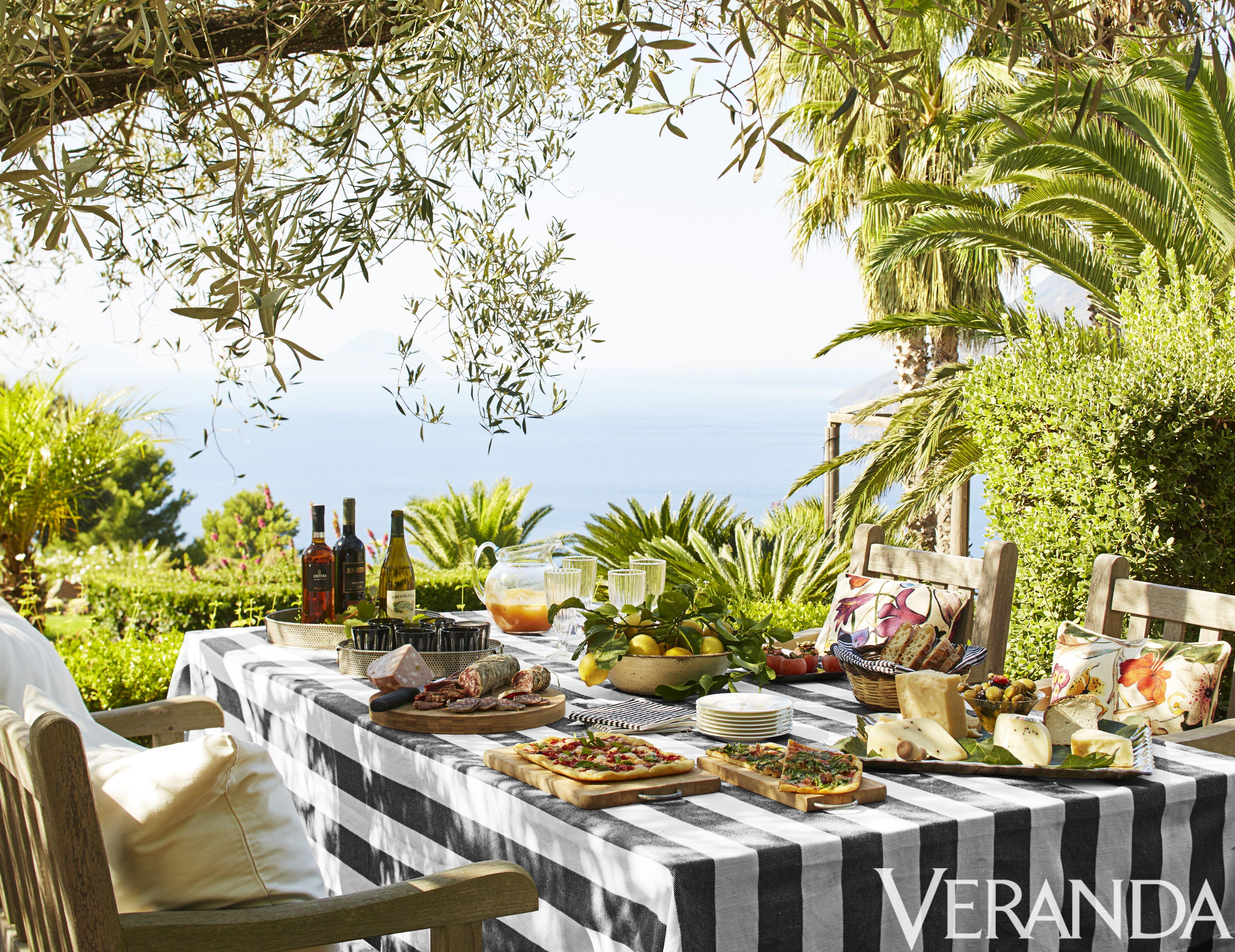 10 best outdoor rooms pretty gazebos gardens u0026 outdoor spaces