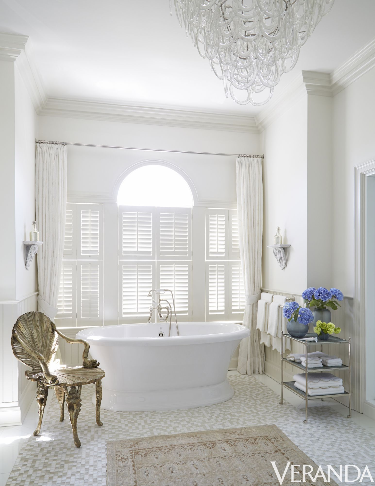 White bathrooms ideas - White Bathrooms Ideas 49