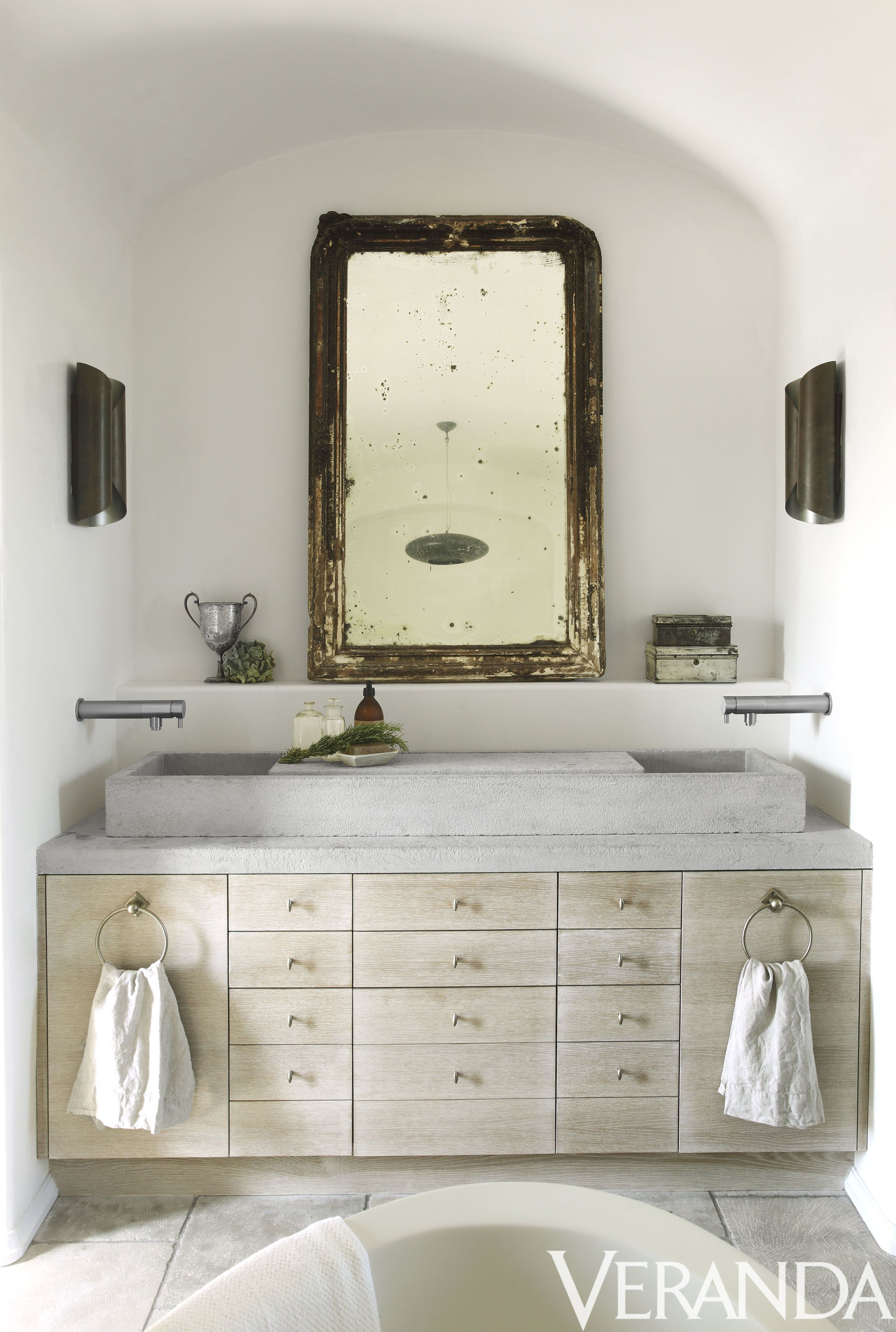 35+ Beautiful Bathroom Decorating Ideas