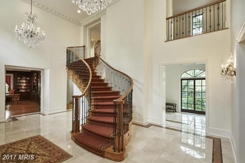 Stairs, Property, Room, Handrail, Interior design, Building, Lobby, Home, House, Real estate,
