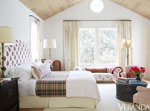 Designer Kathryn M Ireland Uses A Pale Palette Accented With Soft Red For The Master Bedroom Of A Venice California Bungalow The Headboard Is By Kathryn